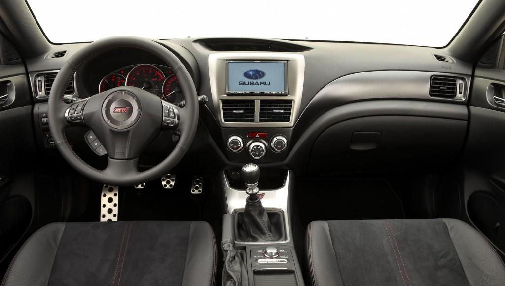 Interior Subaru Impreza WRX STi Sedan