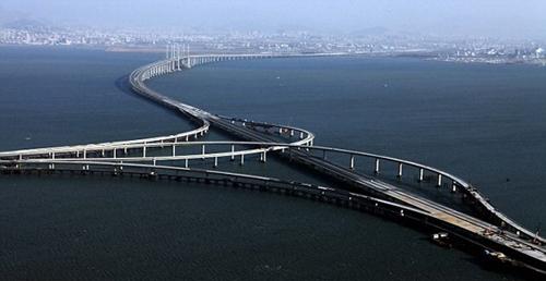 Puente Qingdao-Haiwan