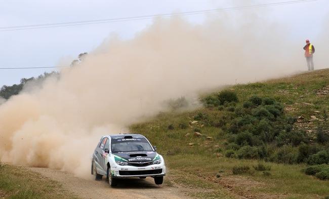 Hayden Paddon a bordo del Subaru Impreza