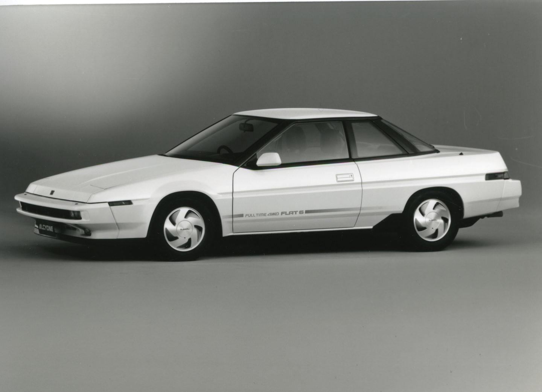 Alcyone, primer Subaru con tracción total permanente