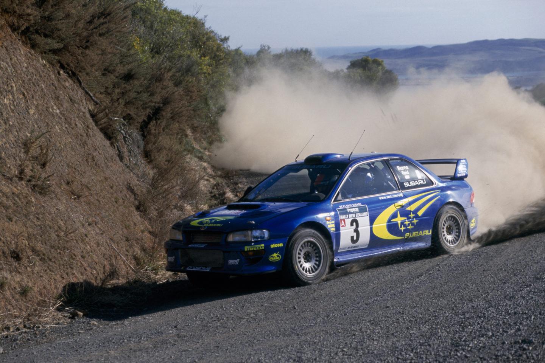 Tracción total simétrica en Rally