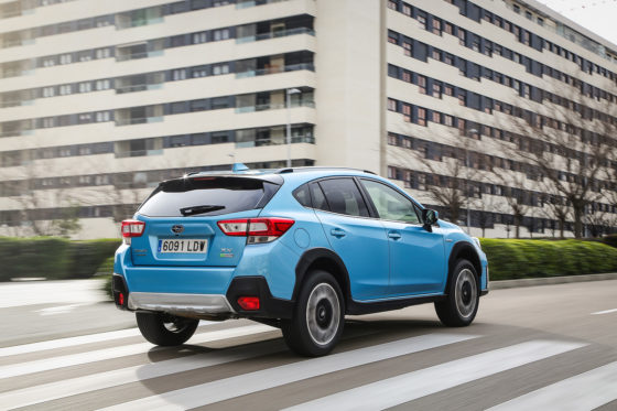 Subaru XV ecoHybrid en ciudad